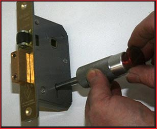 Clearwater Lock And Locksmith Clearwater, FL 813-703-8187